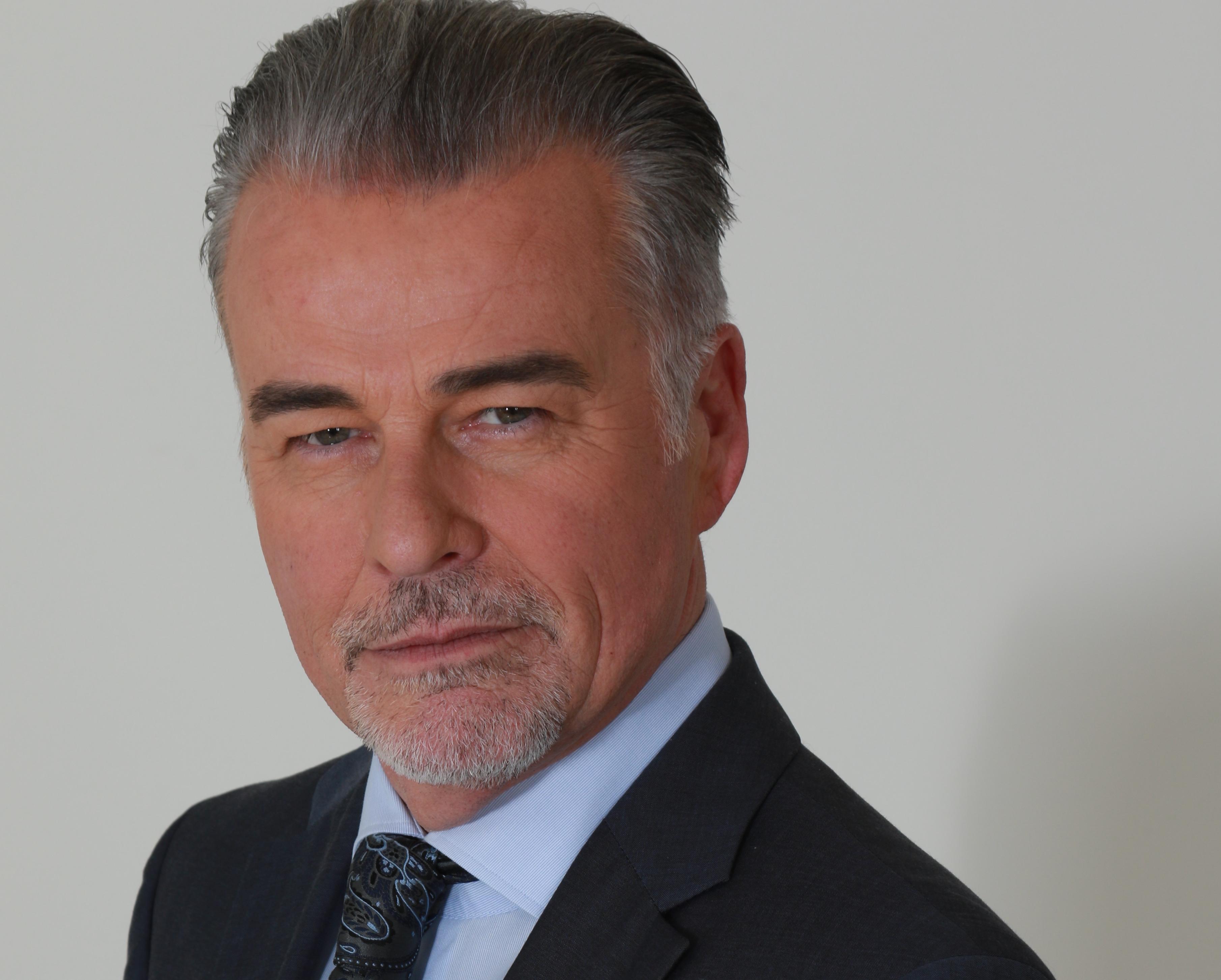 Ian Buchanan - Warren