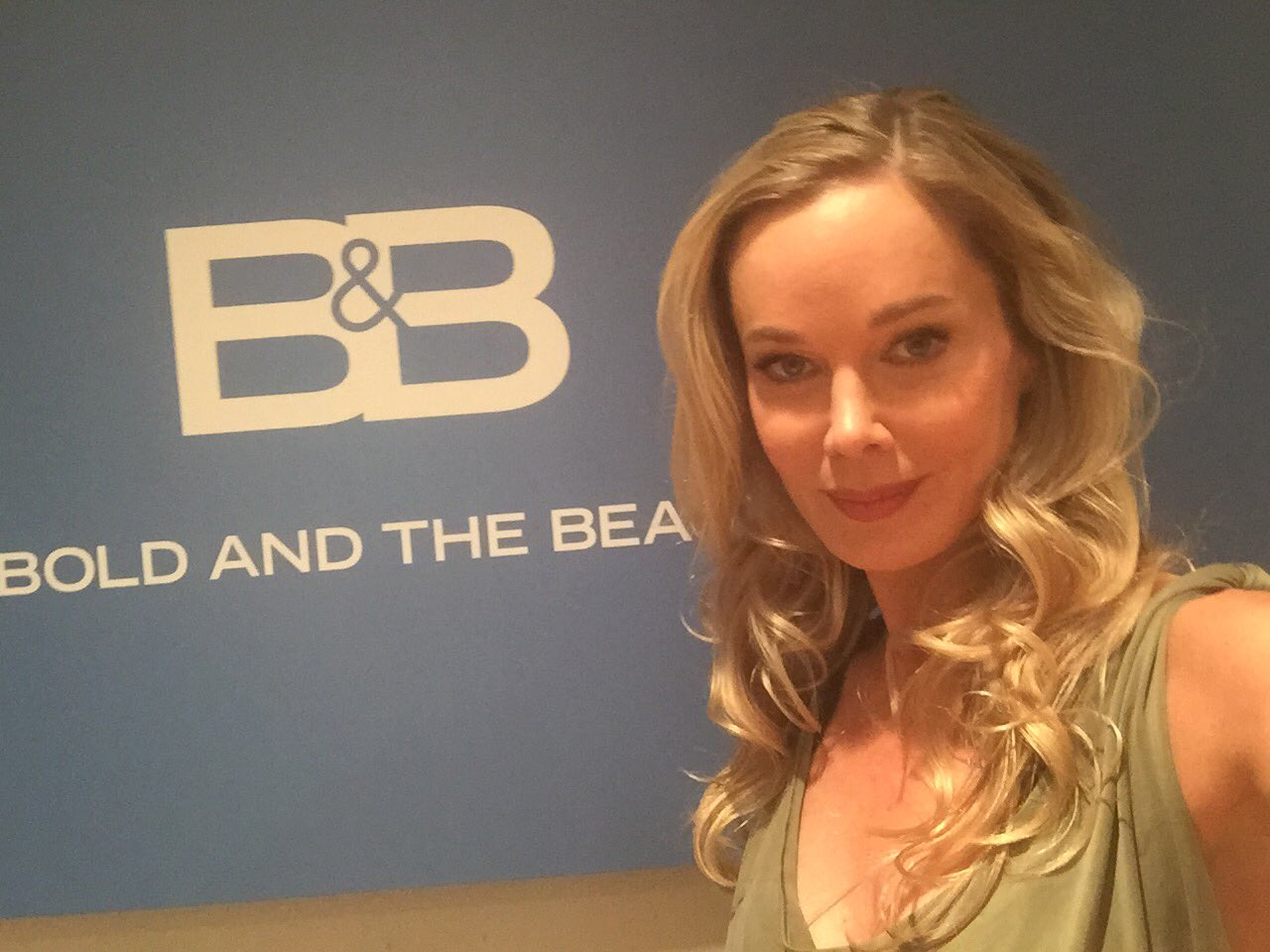 Jennifer Gareis at B&B - Twitter