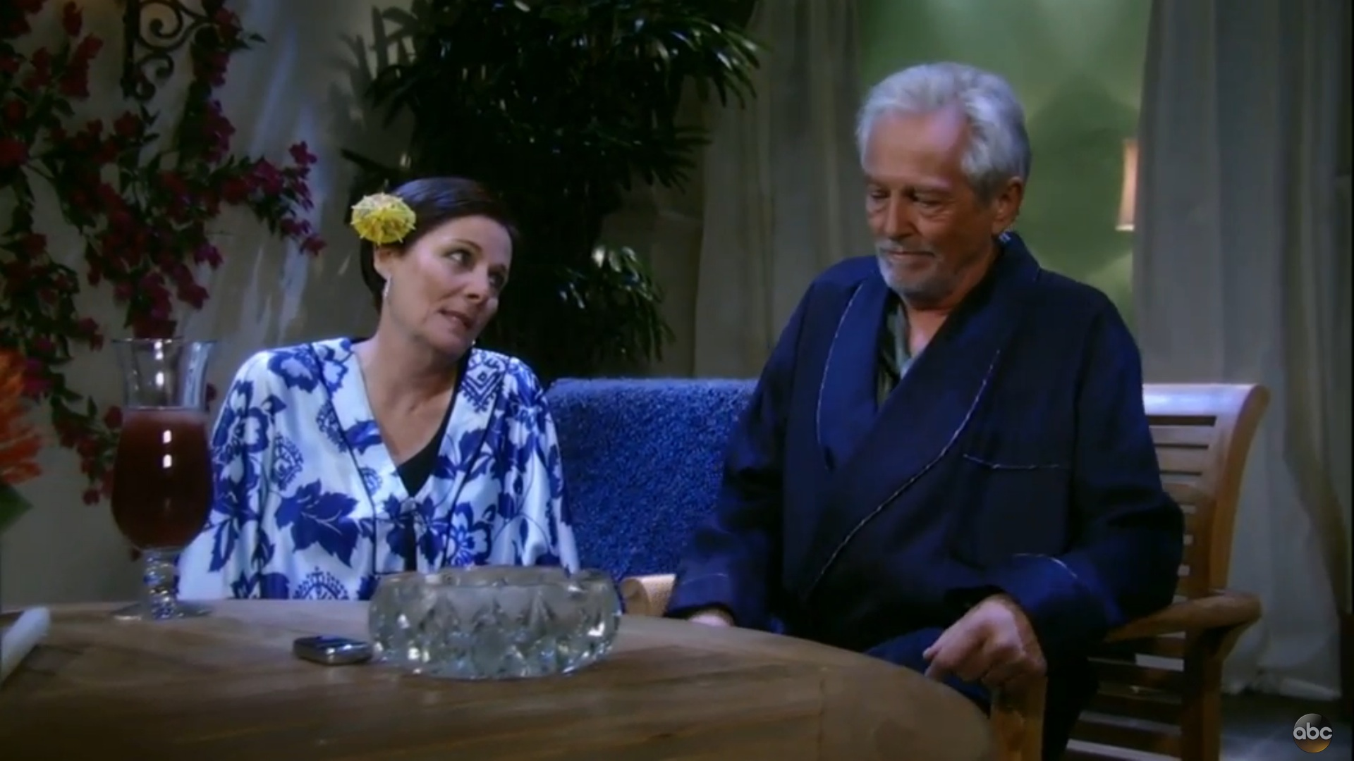 GH Tracy and Larry at the Resort - ABC
