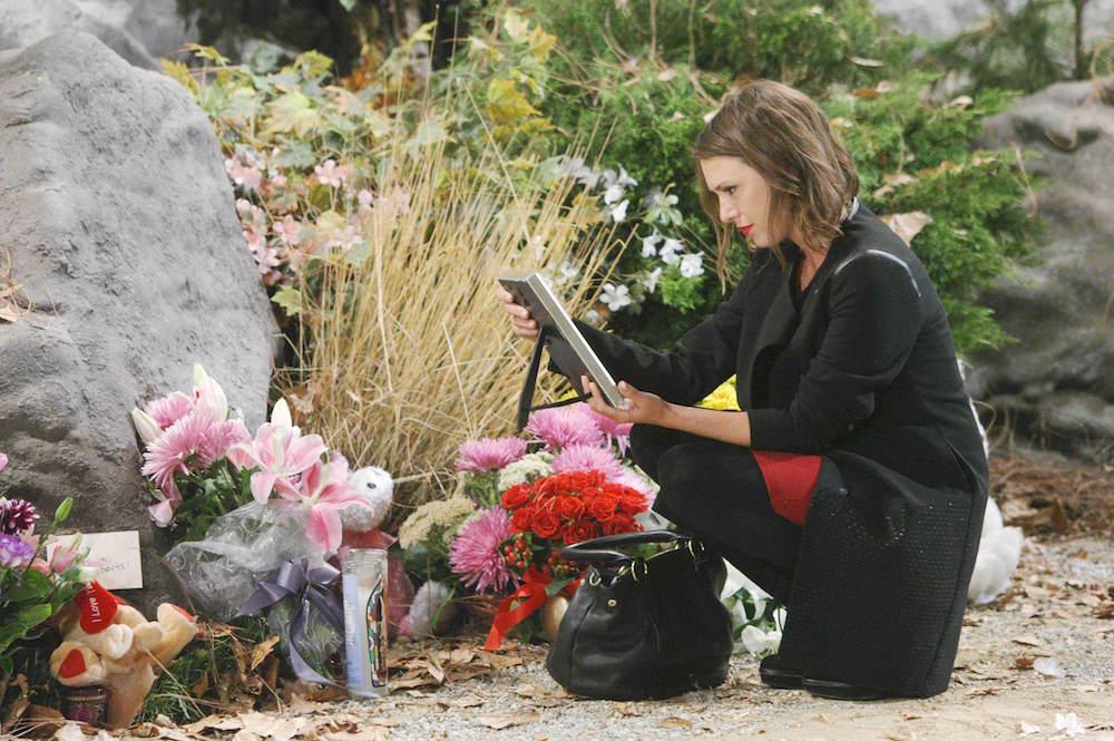 Y&R Chloe at Delia's Memorial - JPI
