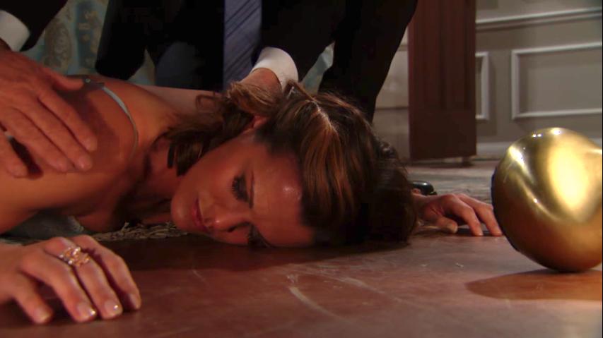 Y&R Chelsea Unconscious - CBS