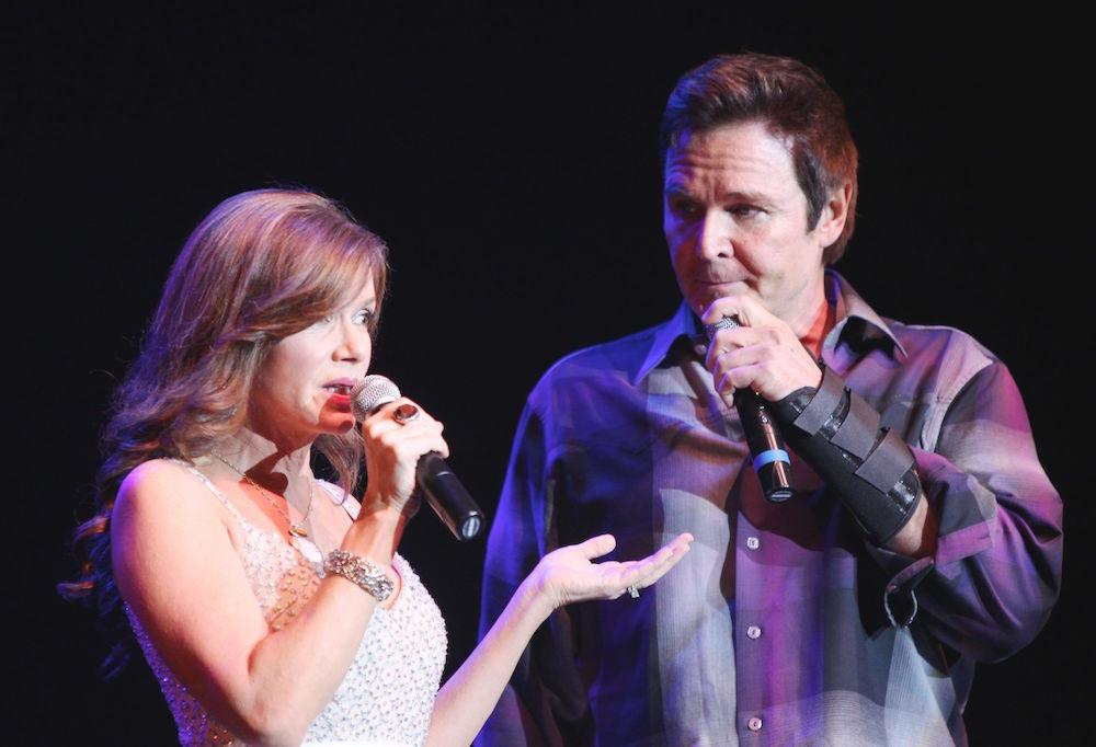 Bobbie Eakes & Jeff Trachta singing - JPI