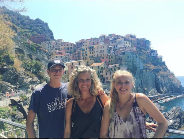 GH Laura Wright John Lauren Italy - Instagram