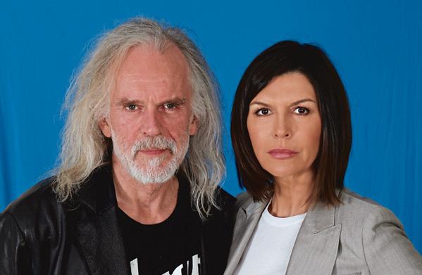 GH Anders Hove & Finola Hughes - Jim Warren